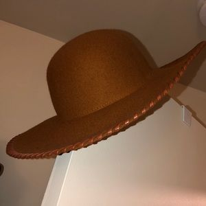 tan/brown phase3 one size hat